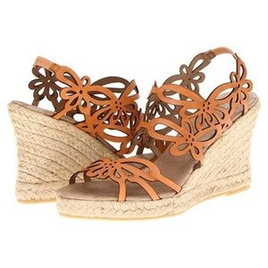 eric michael jillian orange butterfly wedges